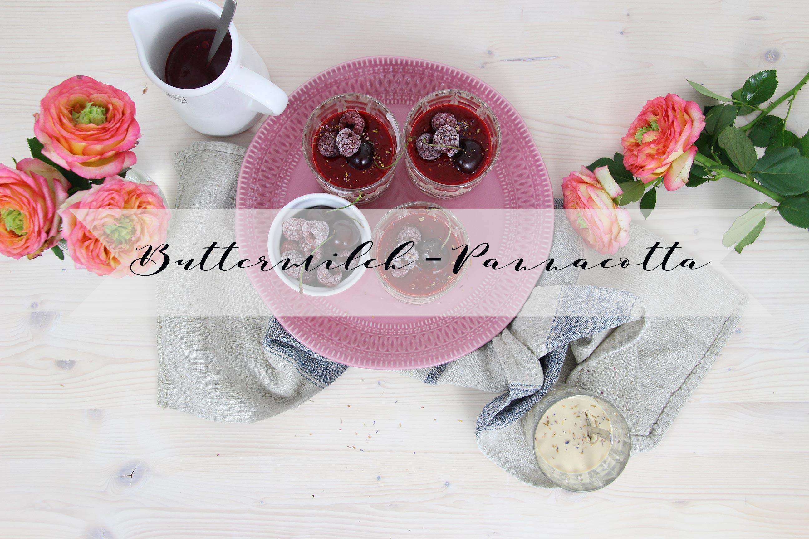 Buttermilch-Pannacotta mit Himbeersauce