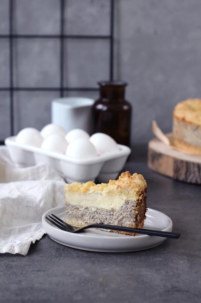 Rezept fuer Kaese-Mohnkuchen mit Streuseln